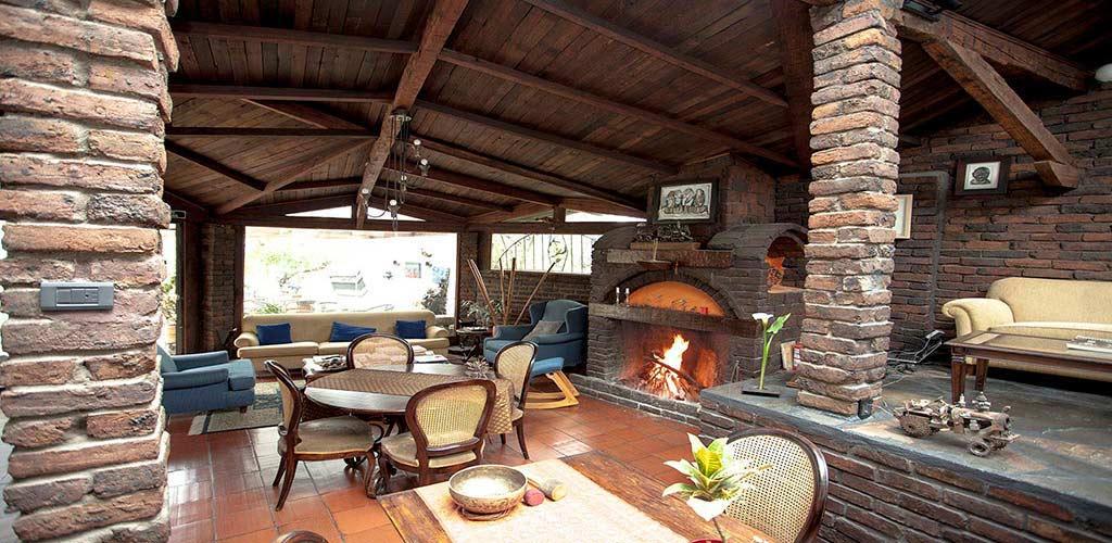 https://www.lacolinahotelcottage.com/wp-content/uploads/2017/02/46-LA-COLINA-Hotel-Cottage-Bogota-Campestre.jpg